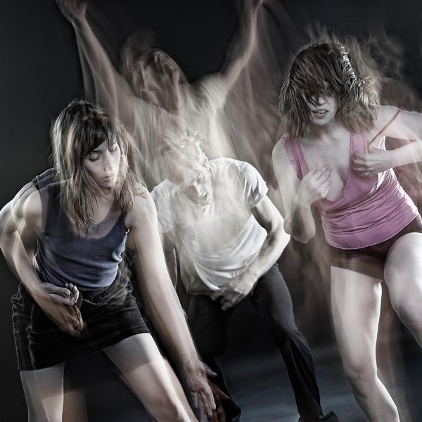 Johanna Tirronen: 'Viimeinen tanssi ennen maailmanloppua'