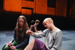 Kuvassa Hanna Ahti, Gabriela Aldana-Kekoni, Eeva Muilu & Sofia Simola. Kuva: Timo Wright.