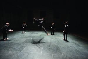 Joona Halonen: Straight. Kuvassa vasemmalta: Arttu Palmio, Jukka Tarvainen, Dayron Napoles Rubant, Sakari Saikkonen, Guillermo Sarduy. Kuva: Timo Wright.
