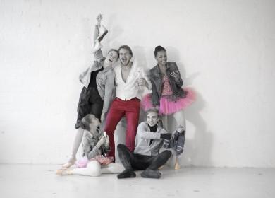 Balettioppilaitoksen opiskelijoita. Kuva: Natalia Baer & Juha Reunanen.