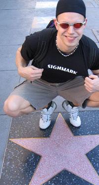 Viittomakielinen rap-artisti Signmark