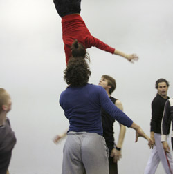 Metri, koreografia Liisa Risu, kuva Laura Tättilä