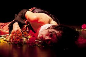 Ken Mai: Our Lady of the Flowers. Kuva: Stefani Vara