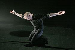 Mielipuoli prinssi, kor. Tommi Kitti, kuvassa Eero Vesterinen, kuva Marko Mäkinen