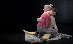 OLEVA, koreografia Sanna Kekäläinen, kuva Jussi Pakkala